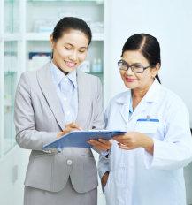 pharmacists having a conversation